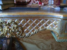 gilded table detail2
